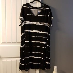 Adrienne Vittadini Dresses - NWT Summer Dress 3x